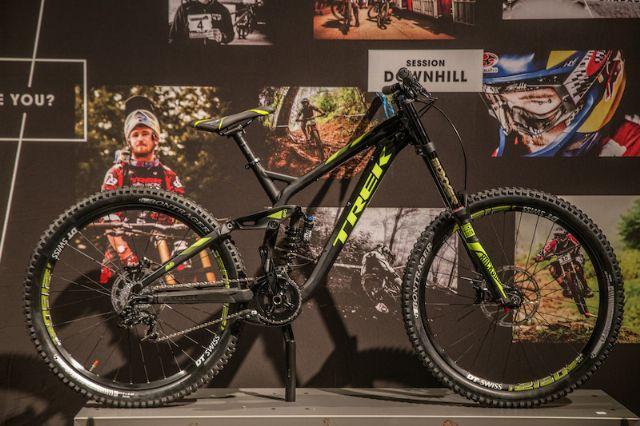 2015 Trek Slash 9.8 27.5 Bike