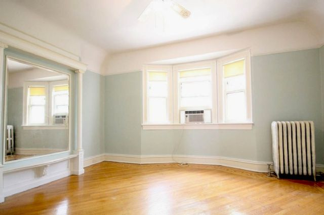 Spacious and Bright 2 Bedroom Apartment for Rent!
