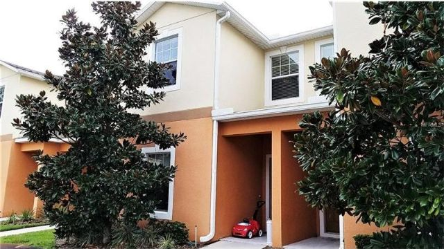 Lakeland, FL - 3BR/2BA Townhome is Waiting for You
