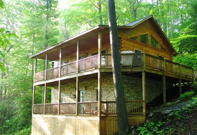Log cabin vacation rental boone blowing rock nc for Log cabins rentals