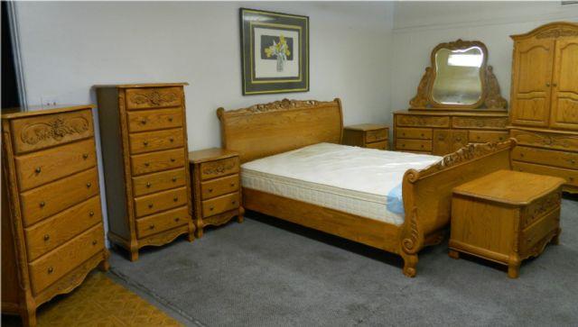 Surewood Solid Oak 9 Piece Ca King Bedroom