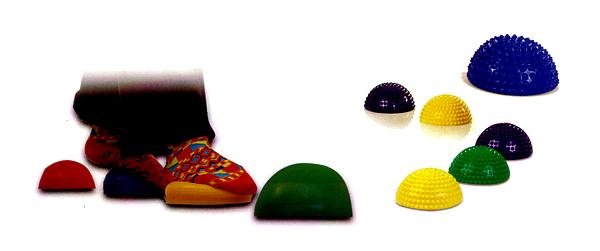 2 חצאי כדור זיזים- במתנה -לטיפול בכפות הרגליים ושמירה על שיווי משקל(התמונה להמחשה בלבד)