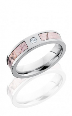 Lashbrook Camo Wedding Band CCCAMO5F13SEG PINKRTAPDIA product image