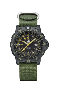 Luminox Recon 8825.KM