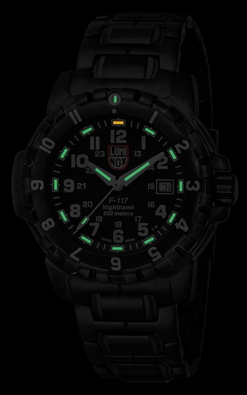 Luminox F-117 Nighthawk 6402 2