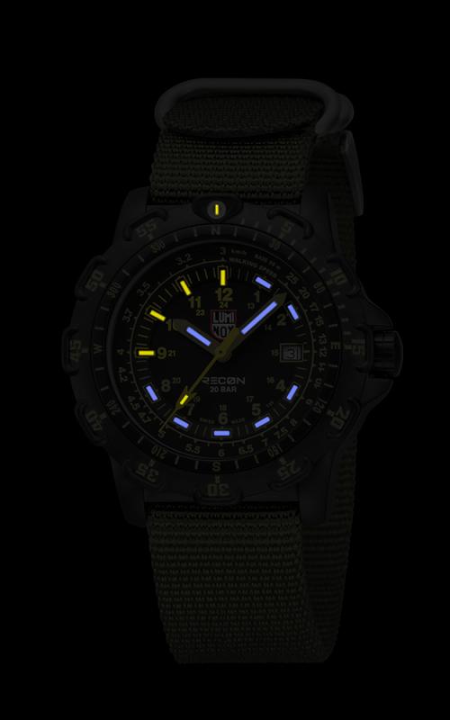 Luminox Recon 8825.KM 3