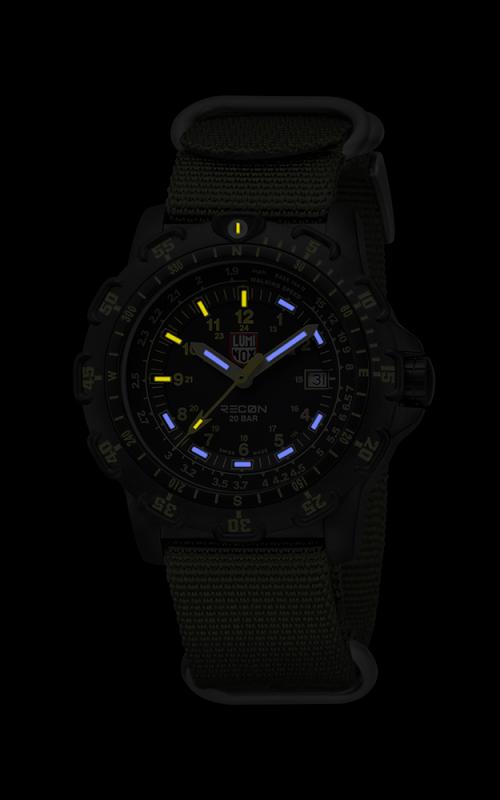 Luminox Recon 8826.MI 3