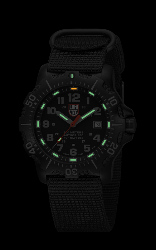 Luminox ANU Series 4221.CW 3