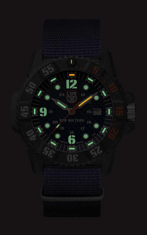 Luminox Master Carbon Seal 3800 Series 3803.C 3