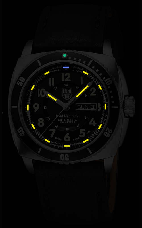 Luminox P-38 Lightning 9401 3