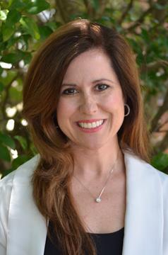 Yvette Lowe (Realtor)