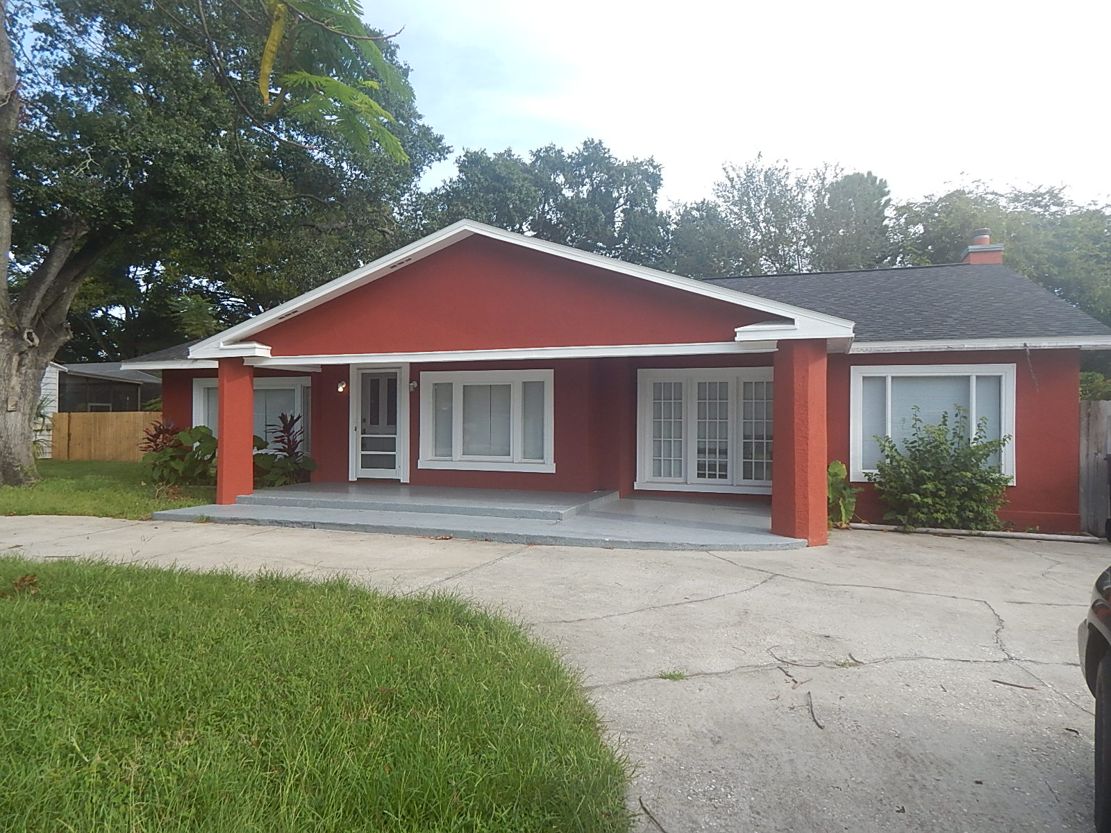 Photo of 3811 W El Prado Boulevard, Tampa, FL, 33629