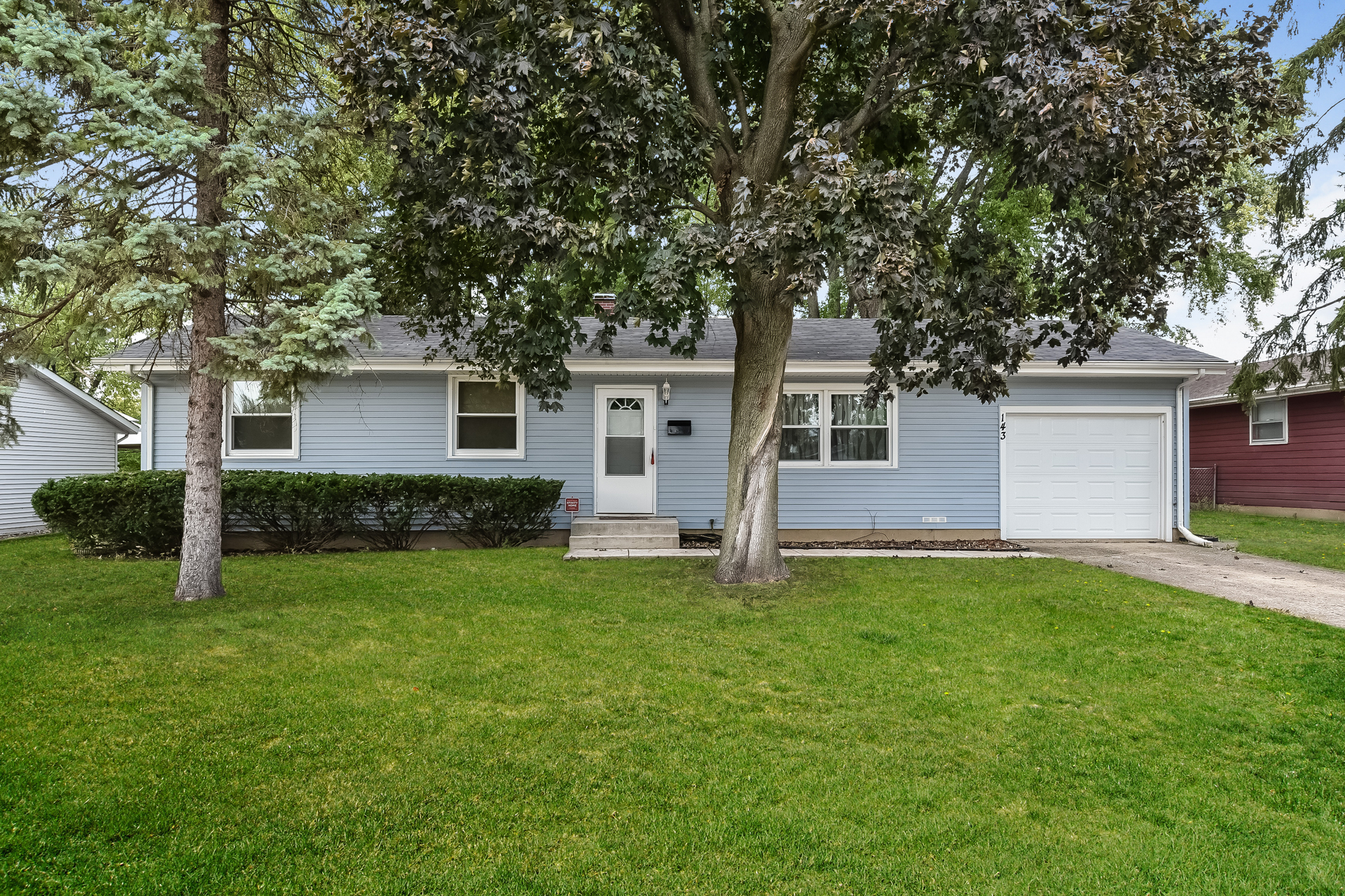 Photo of 143 Thunderbird Trail, Carol Stream, IL, 60188