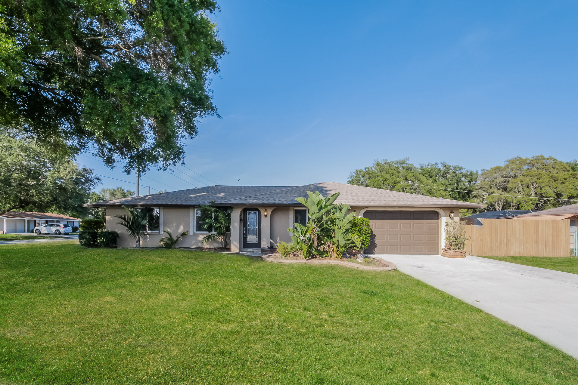 Photo of 4541 Crystal Road , Venice , FL , 34293