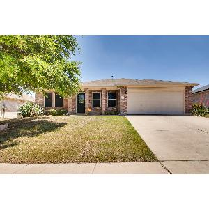 Home for rent in Saginaw, TX