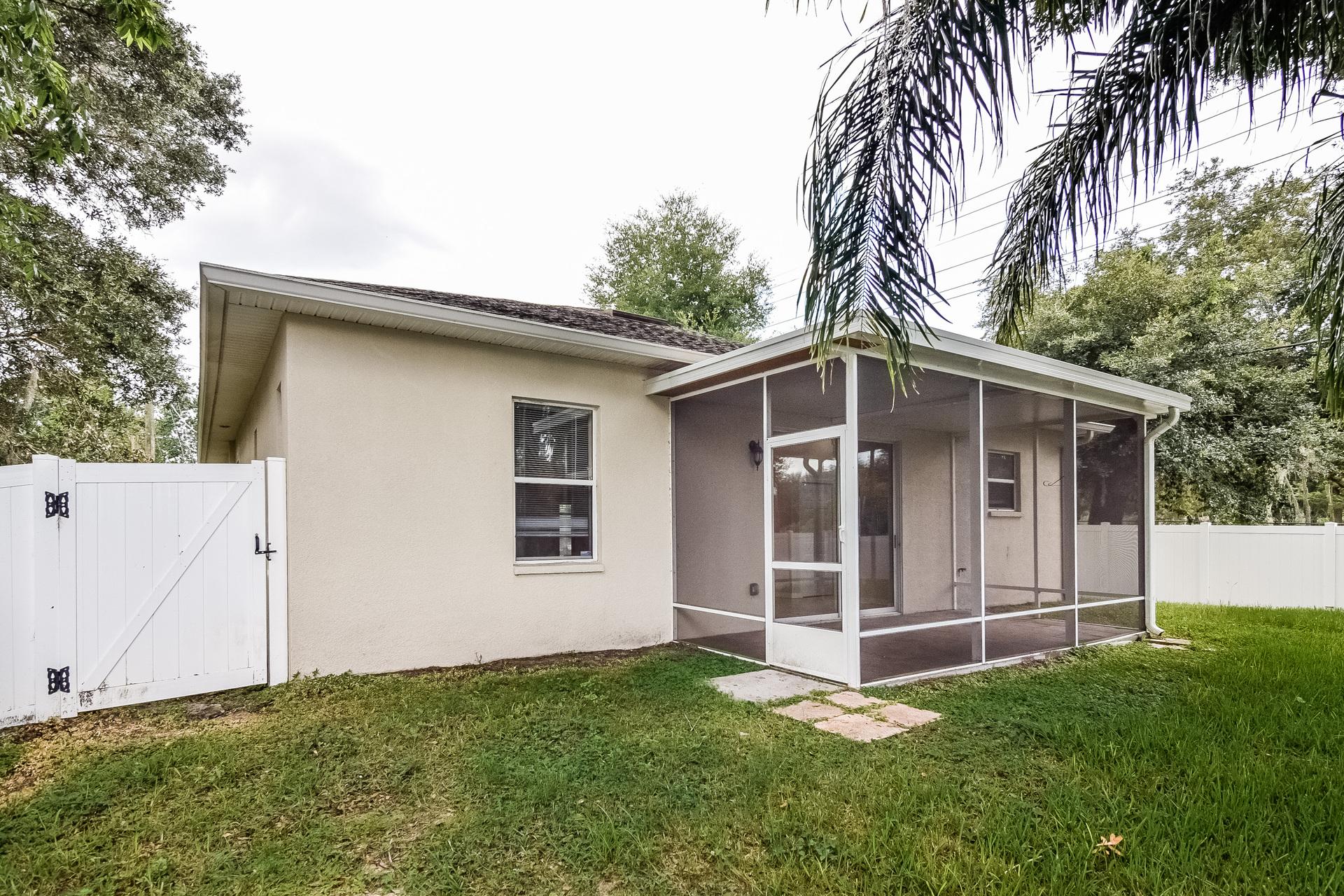 Photo of 11102 Happy Acres Ln, Riverview, FL, 33578