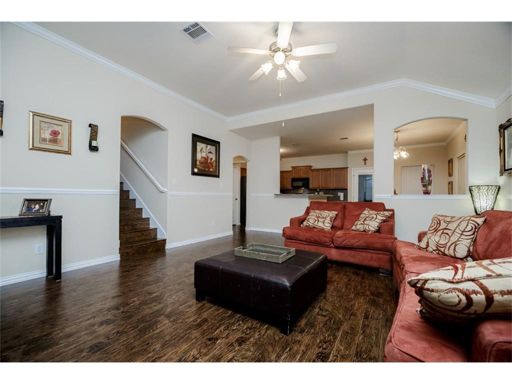 Photo of 1659 Wildflower Dr, Waxahachie, TX, 75165