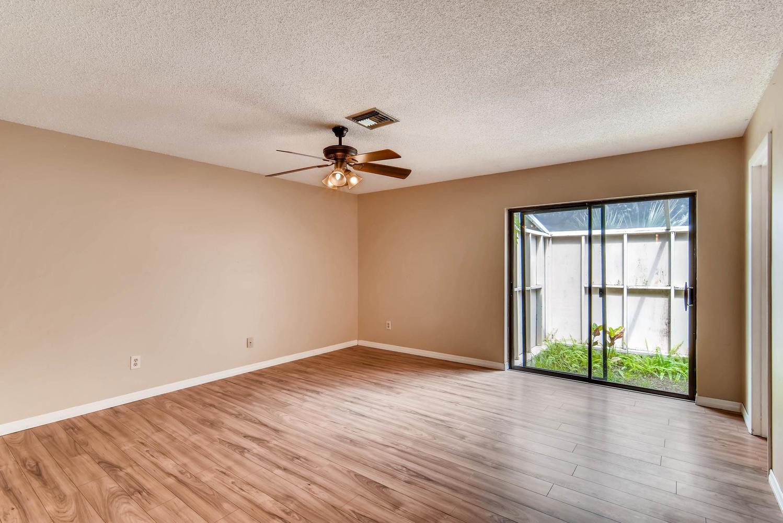 Photo of 107 Smokerise Blvd, Longwood, FL, 32779