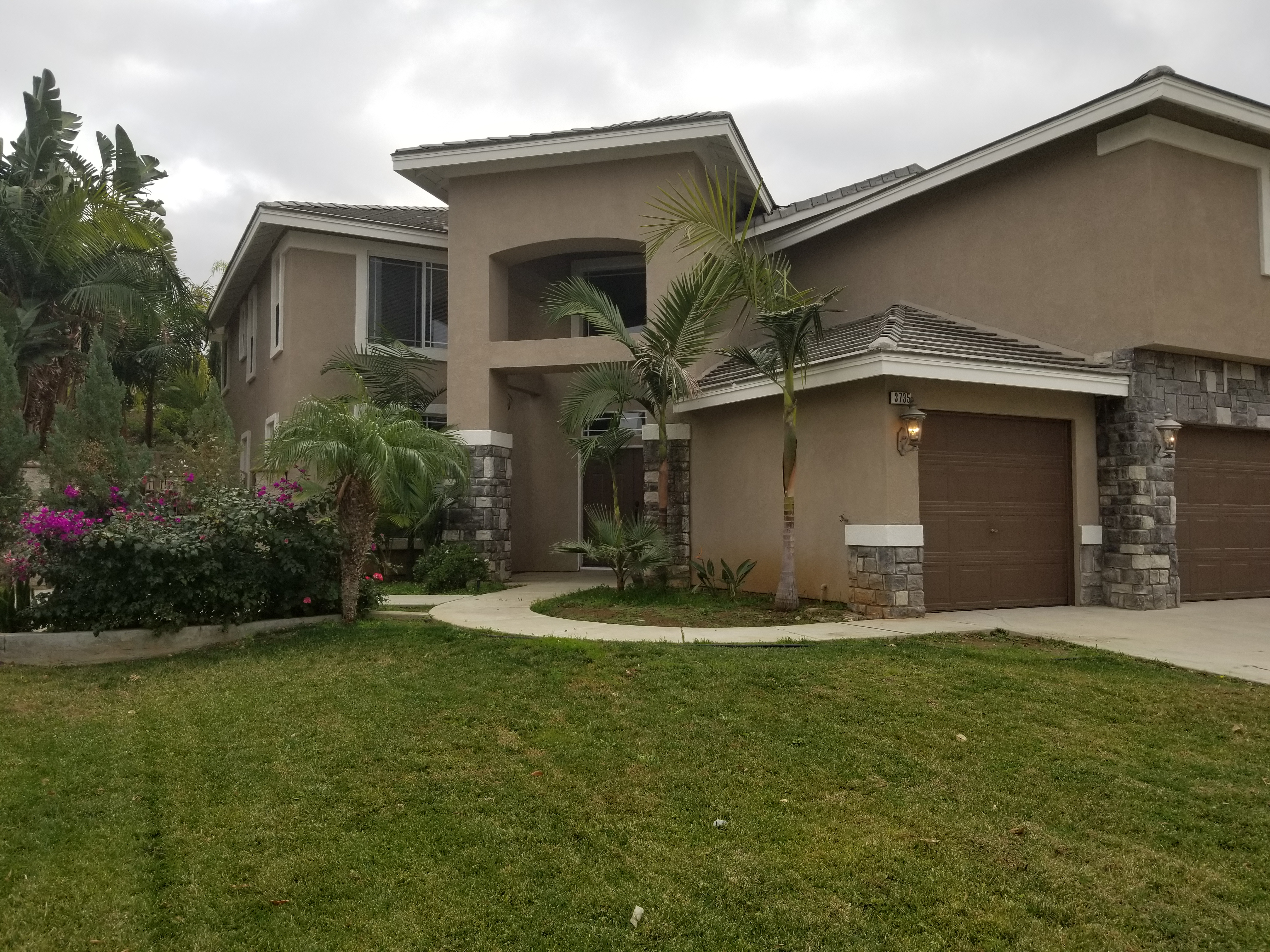 Photo of 3735 Hilgard St, Corona, CA, 92882