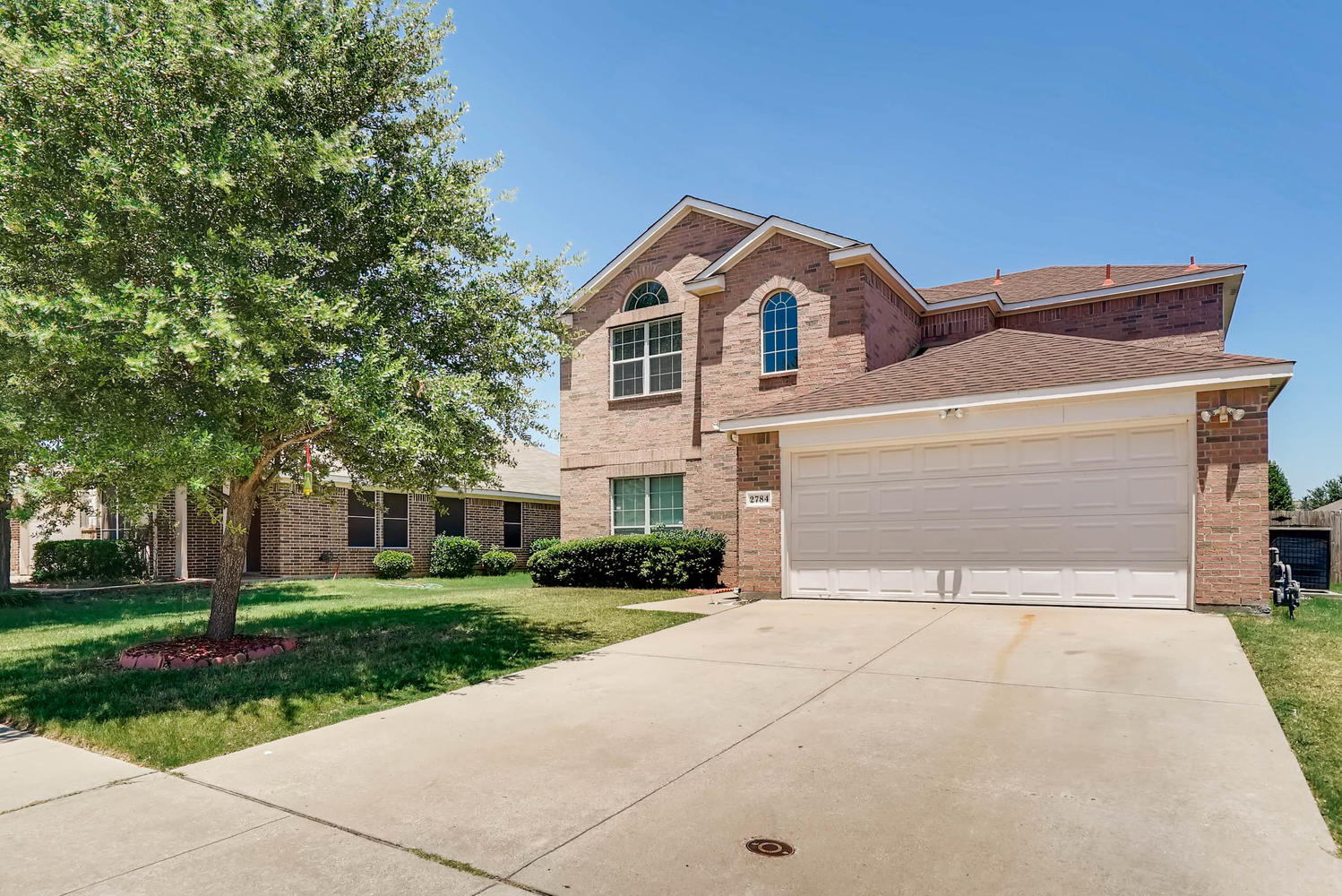 Photo of 2784 Sweetbriar Ln, Grand Prairie, TX, 75052