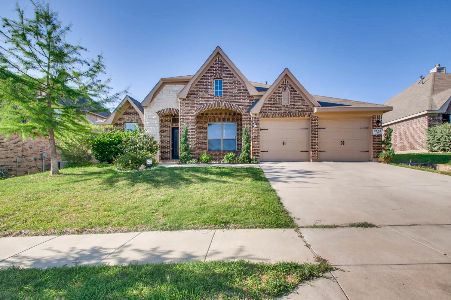 Photo of 2536 Boot Hill Ln, Fort Worth, TX, 76177