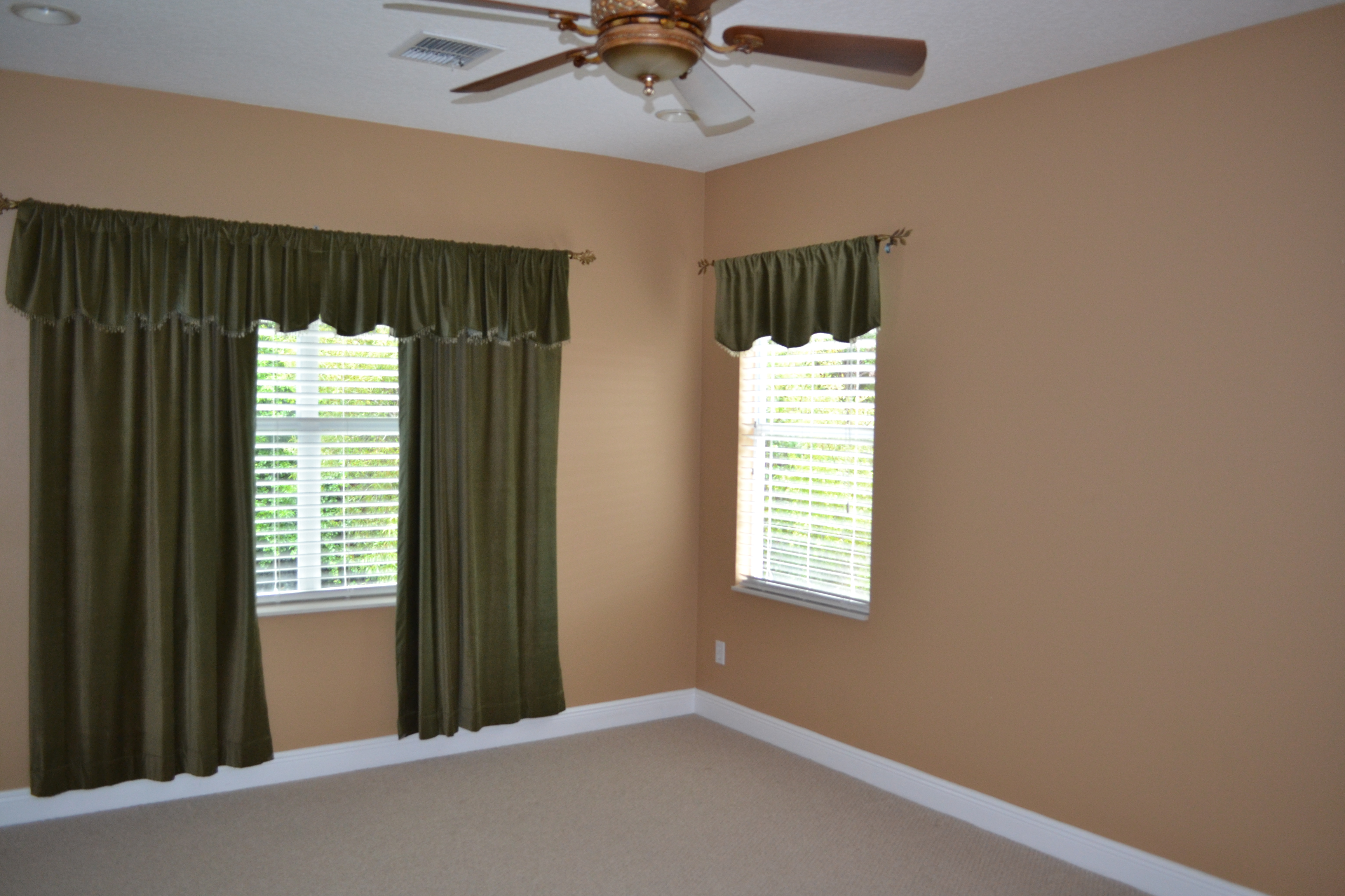 Photo of 5582 Whispering Woods Pt, Sanford, FL, 32771