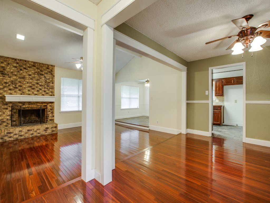 Photo of 5308 Ridge Springs Ct, Arlington, TX, 76017