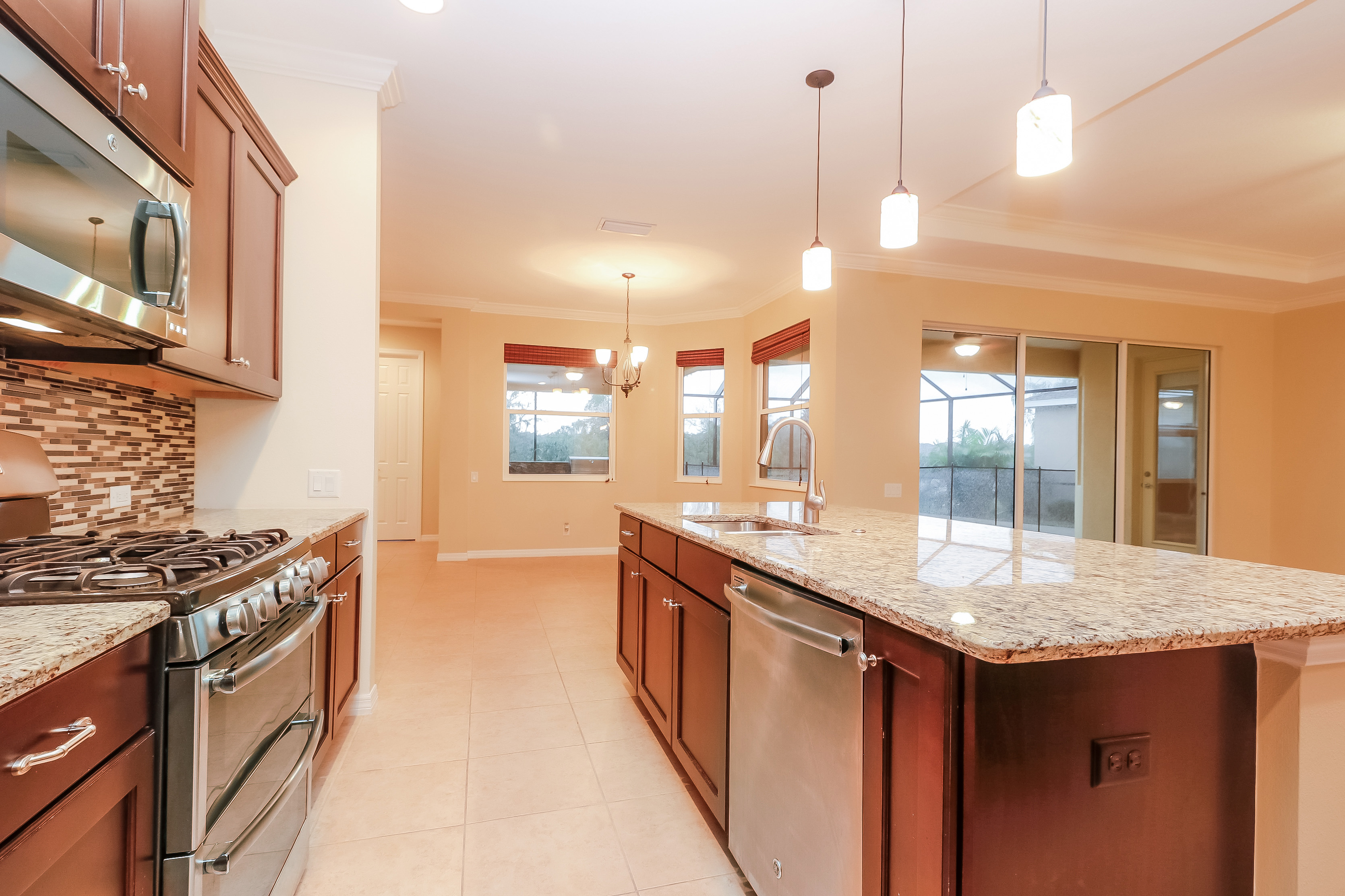 Photo of 640 Honeyflower Loop, Bradenton, FL, 34212