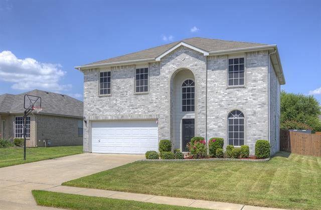 Photo of 1212 Riverside Rd, Roanoke, TX, 76262