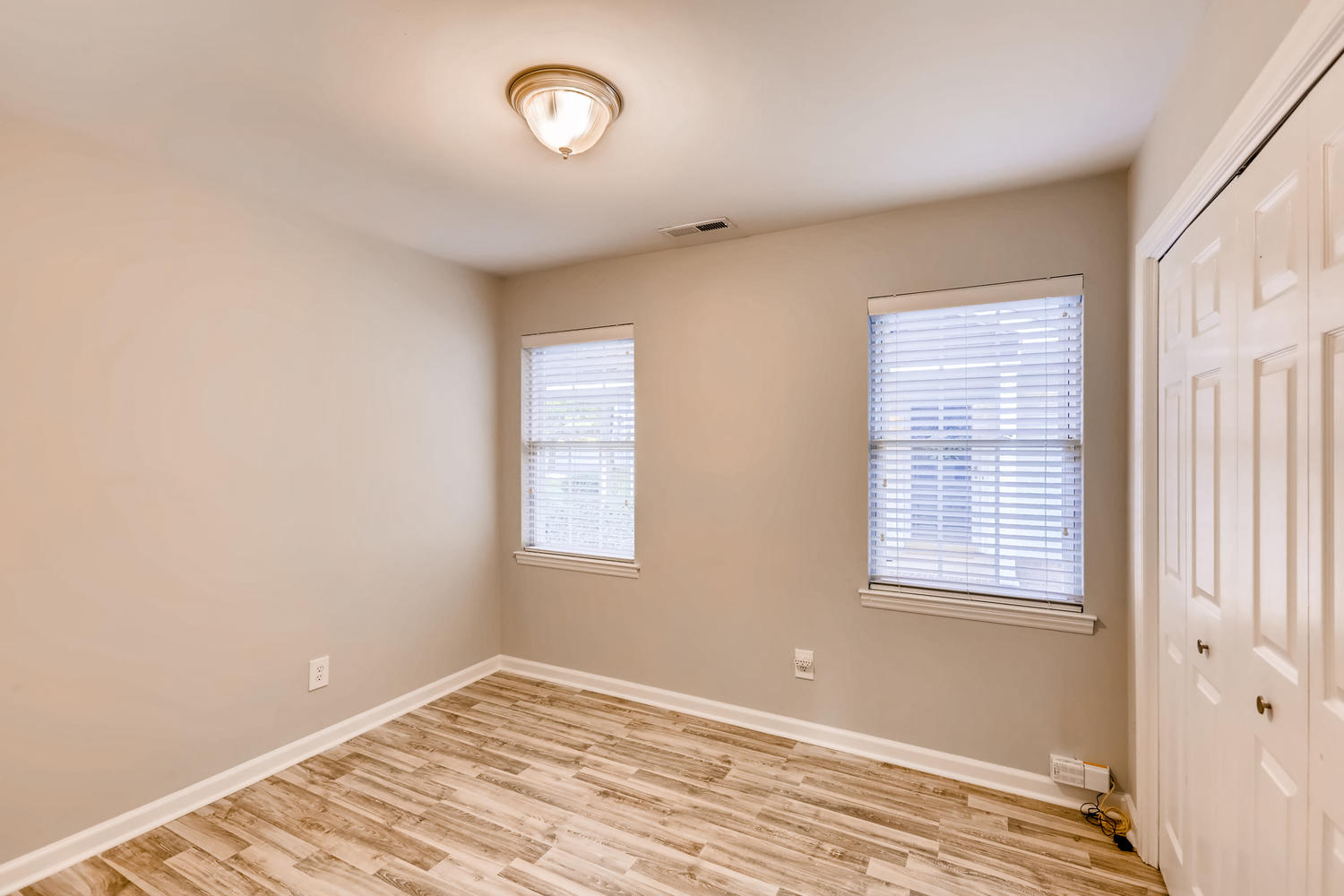 Photo of 2214 Olde Chantilly Court, Charlotte, NC 28205