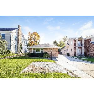 Home for rent in Highland Park, IL