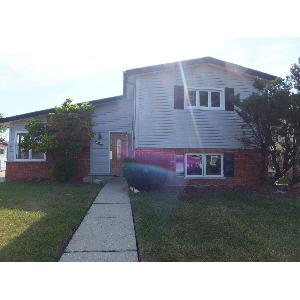 Home for rent in Niles, IL