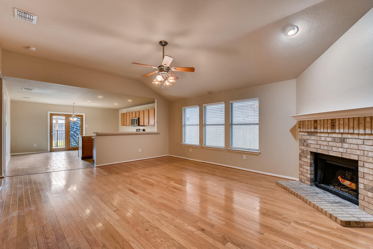 Photo of 9401 Sundial Drive, Fort Worth, TX, 76244