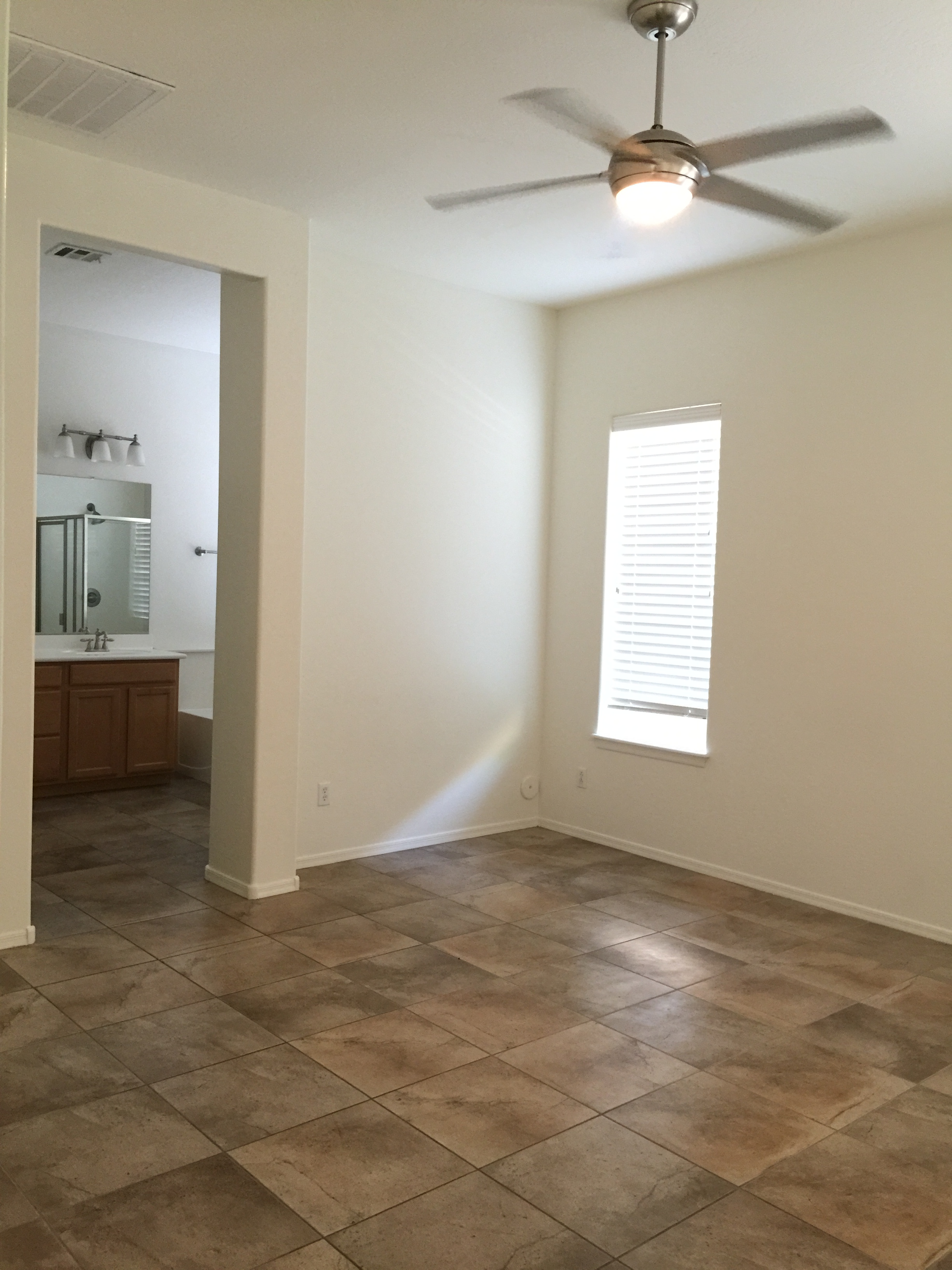 3 bed, 2 bath Ashton Woods home in Verrado