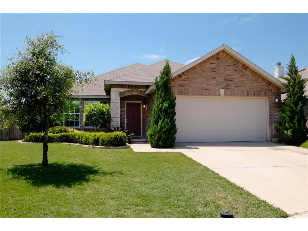 Photo of 336 Silver Lake Trail, Fort Worth, TX, 76140