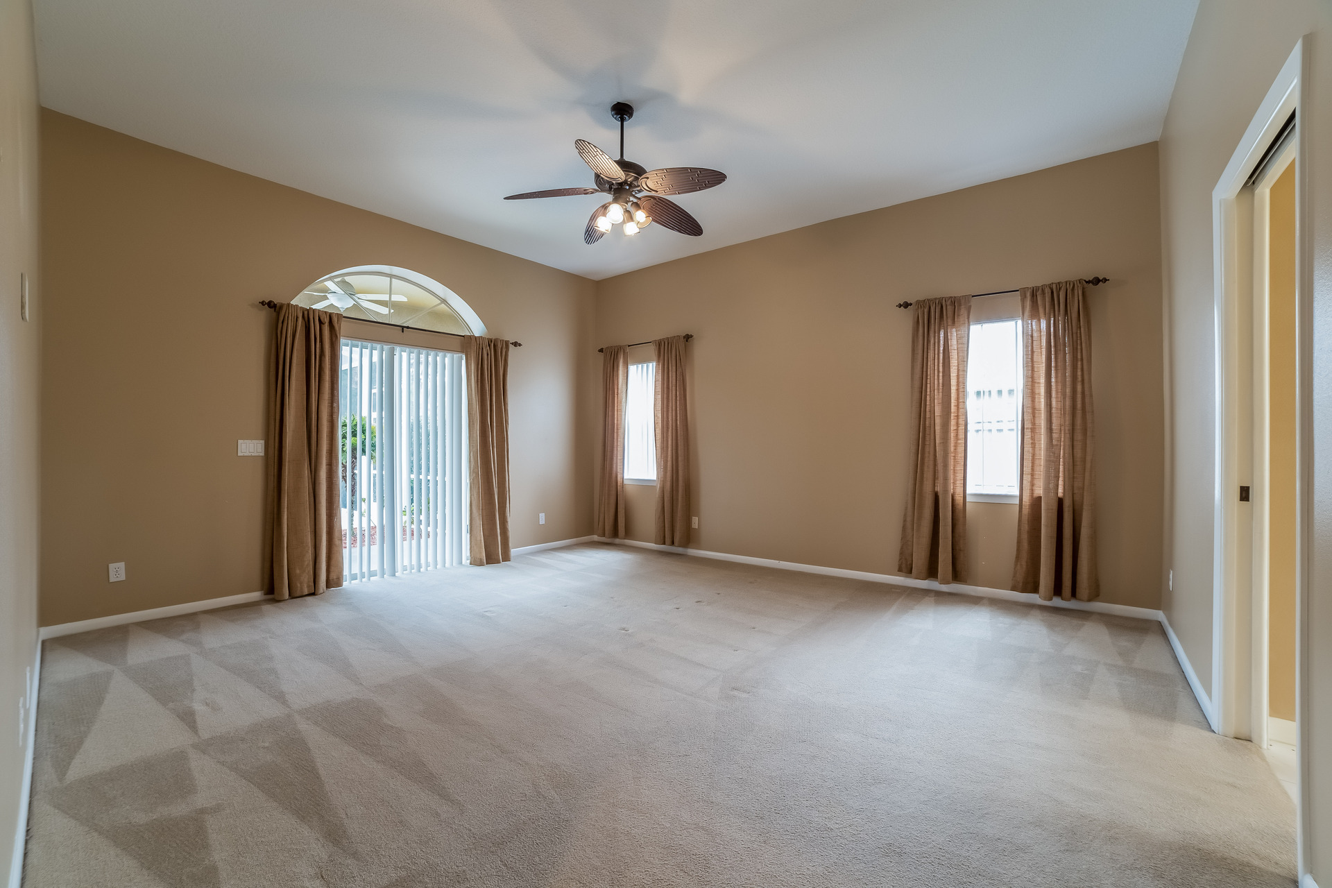 Photo of 235 Meadow Bay Court, Lake Mary, FL, 32746