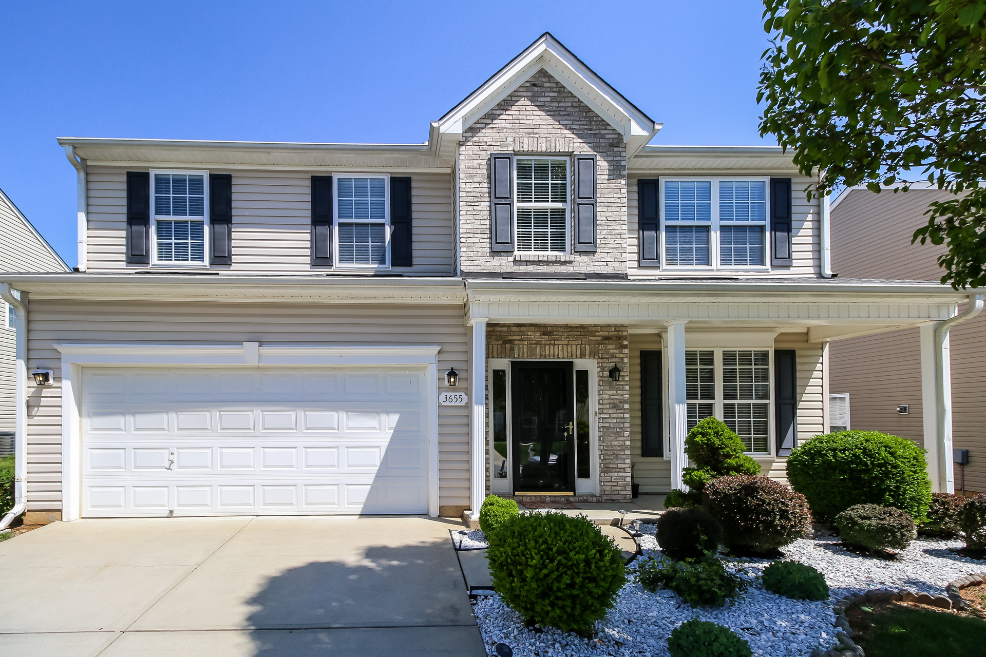 Photo of 3655 Village Springs Dr, High Point, NC, 27265