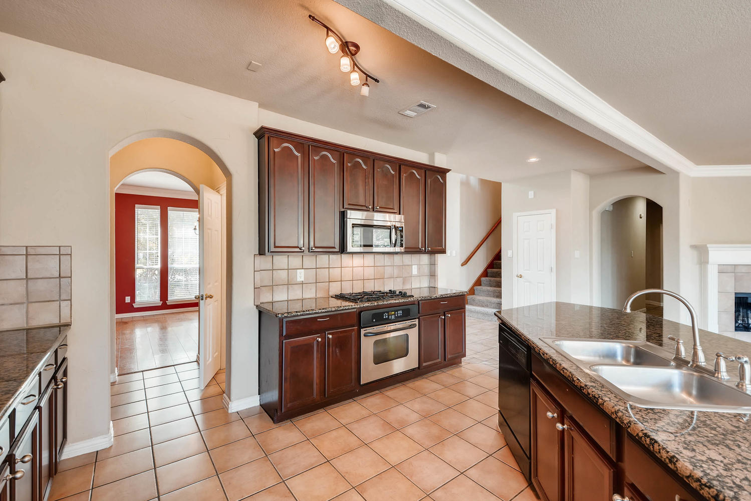 Photo of 12320 Yellow Wood Drive, Fort Worth 76244