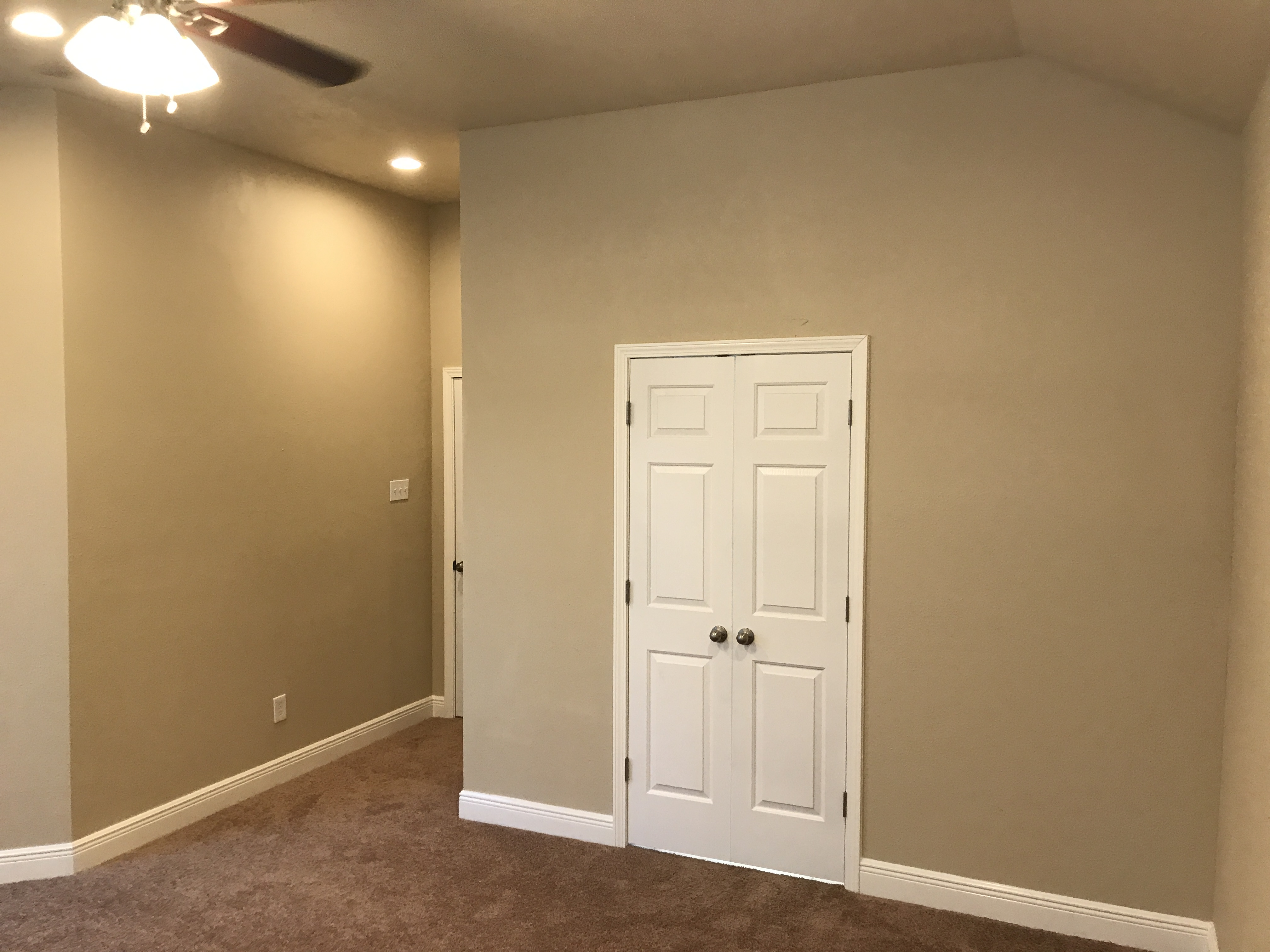 Photo of 307 Marina Oaks Court, League City, TX 77565