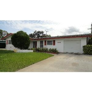 Home for rent in Palm Beach Gardens, FL