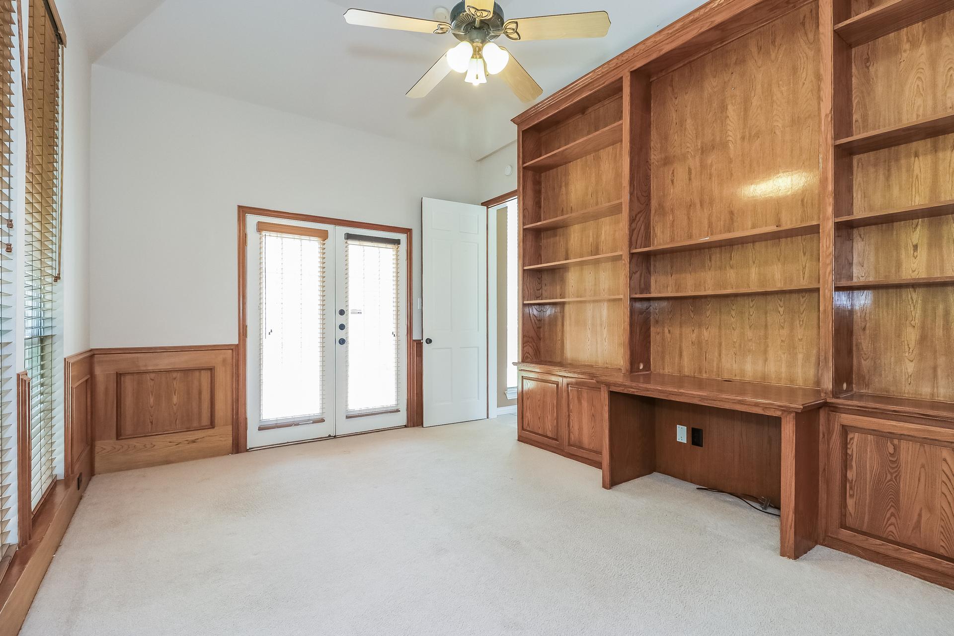 Photo of 807 Oakcrest Court, Southlake, TX, 76092