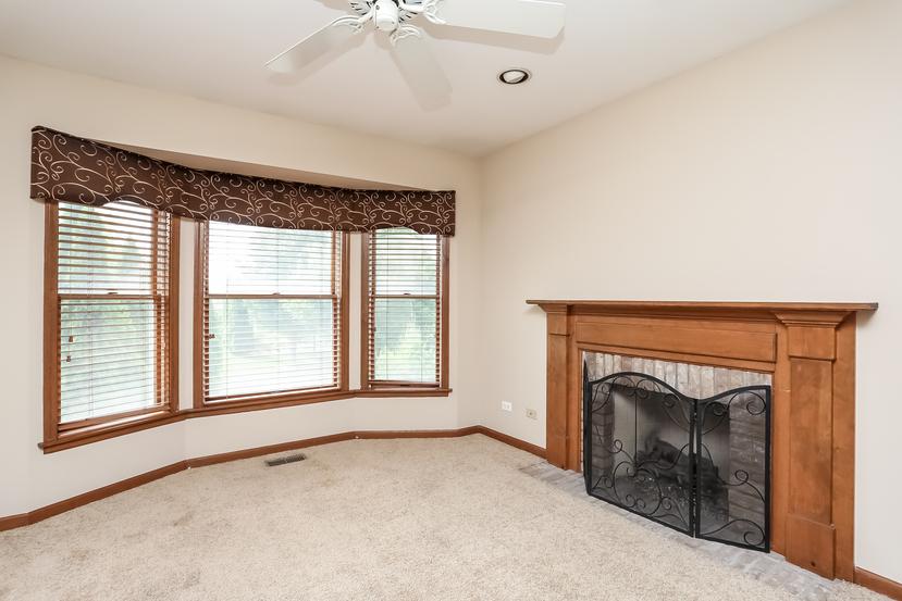 Photo of 3015 Woods Creek Lane, Algonquin, IL, 60102