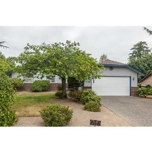 Home for rent in Everett, WA