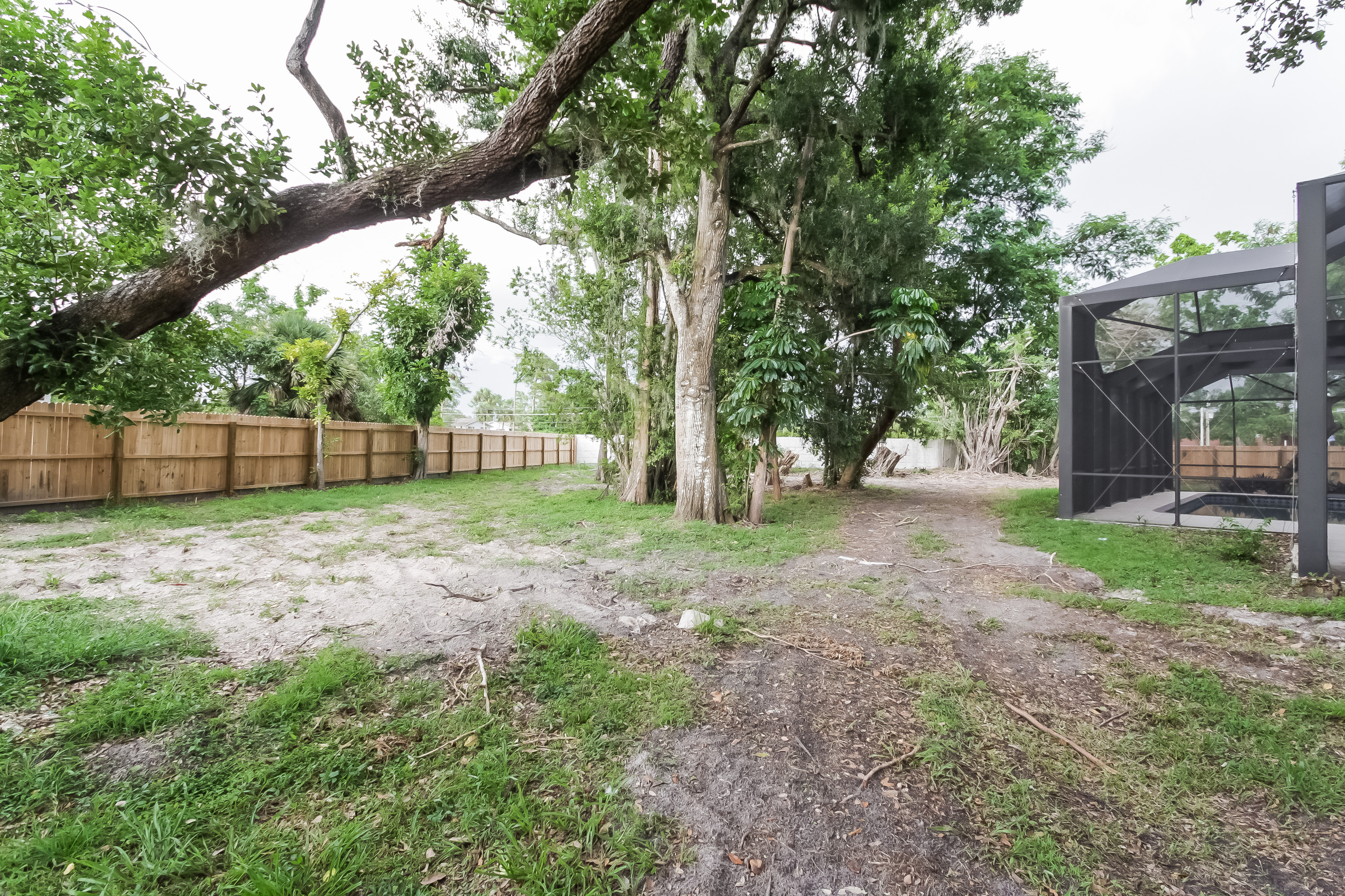 Photo of 1576 Beechwood Trail, Fort Myers, FL, 33919