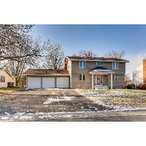 Home for rent in Eden Prairie, MN