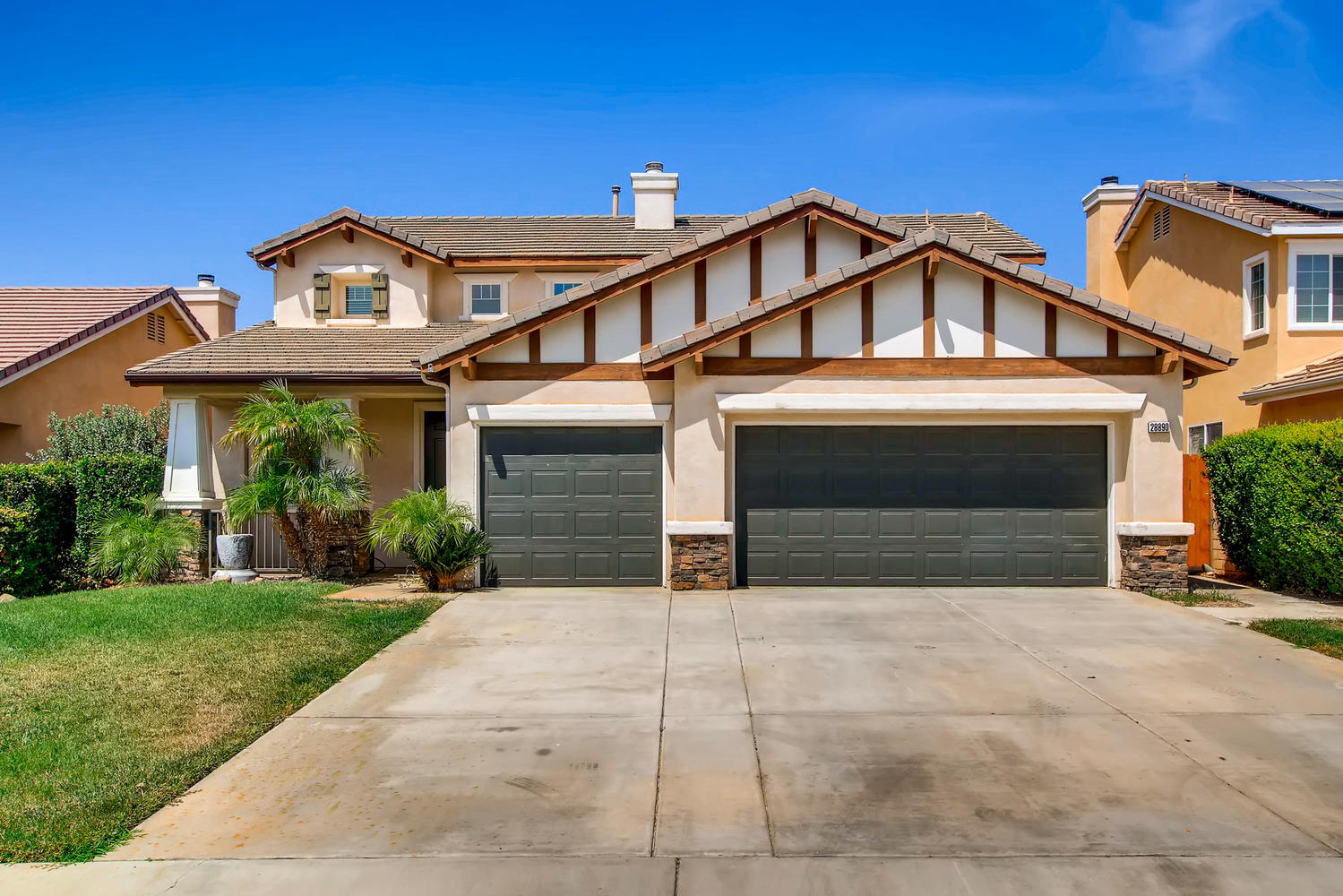 Photo of 28890 Sunburst Dr, Menifee, CA, 92584