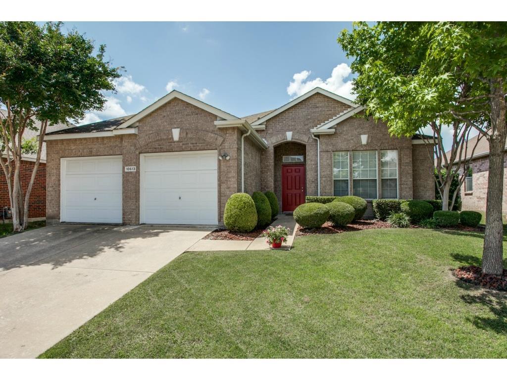 Photo of 10613 Lansdowne Lane, Rowlett, TX, 75089