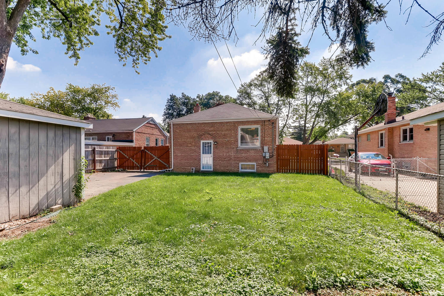 Photo of 9210 S Troy Ave, Evergreen Park, IL, 60805