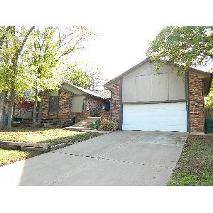 Home for rent in Edmond, OK