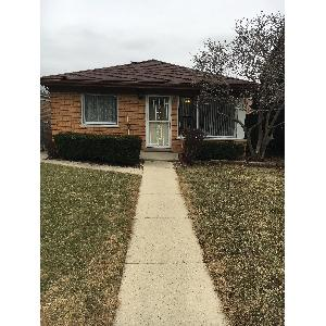Home for rent in Burbank, IL